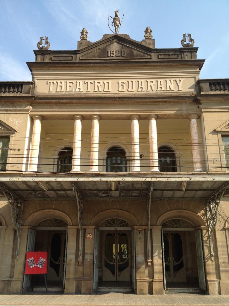 Um dos teatros mais antigos do Brasil