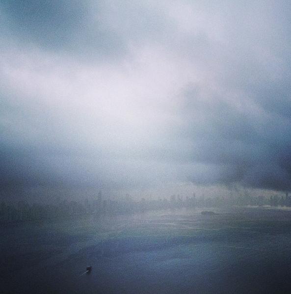 Skyline nublado de BC: só de cima fica bonito